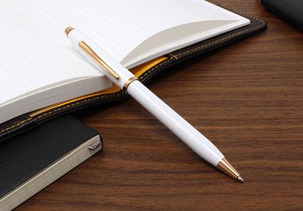 CENTURY2センチュリーⅡパールホワイトラッカーボールペン